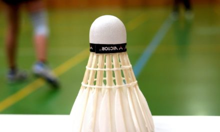 Badminton kan være en udfordrende og gavnlig adspredelse