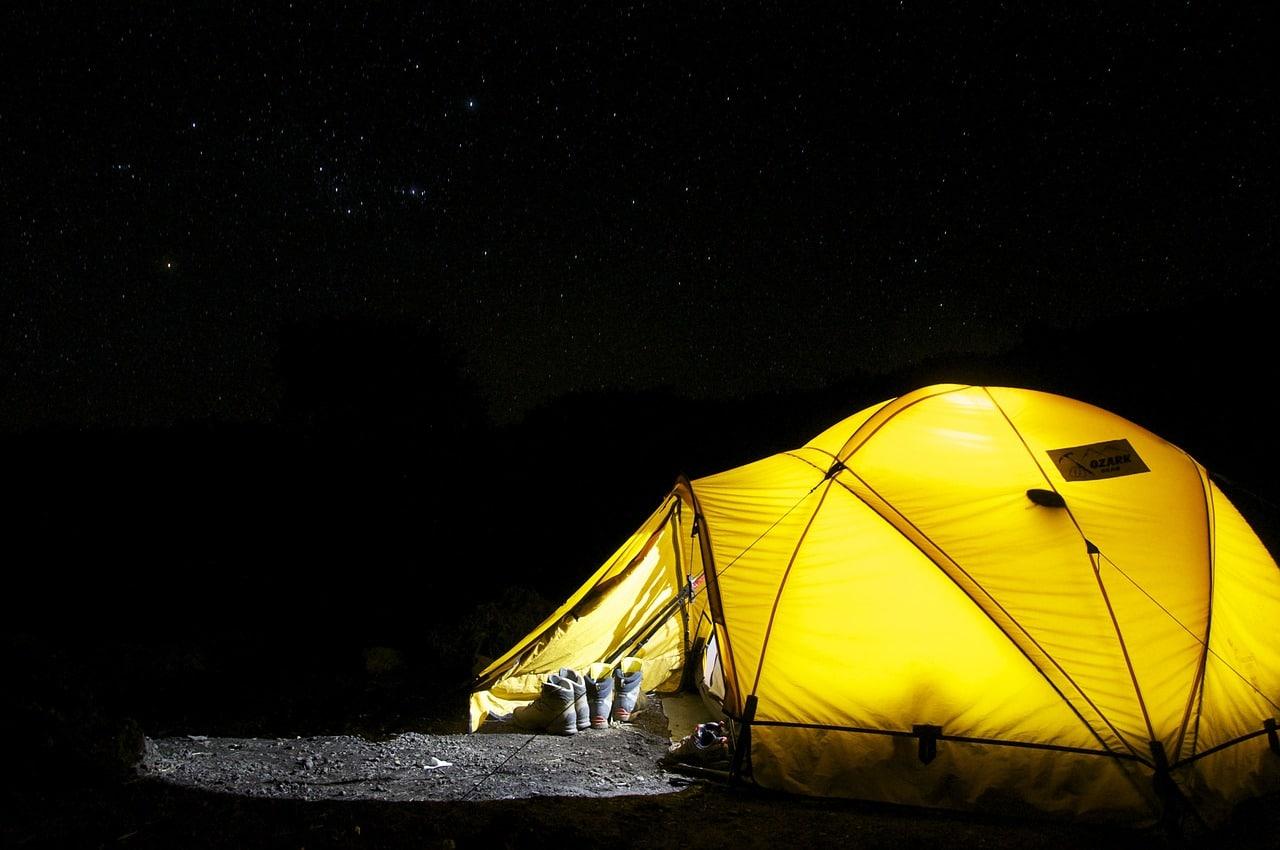 Telt under stjernehimlen