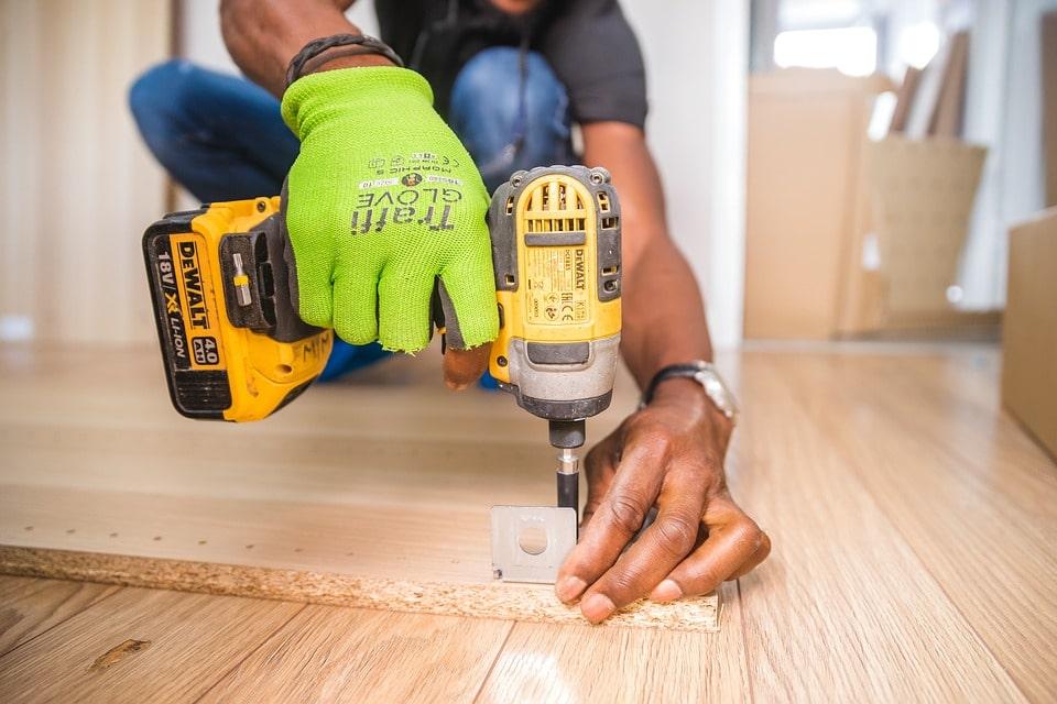 En rigtig mand kan klare sine egne håndværkeropgaver