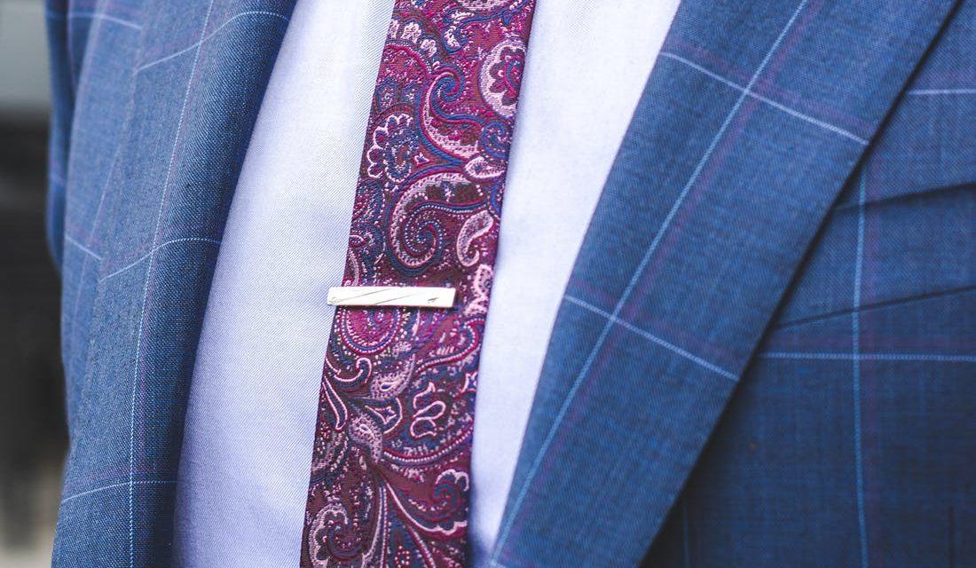Kør en klassisk stil: Rigtige mænd bruger slipsenåle