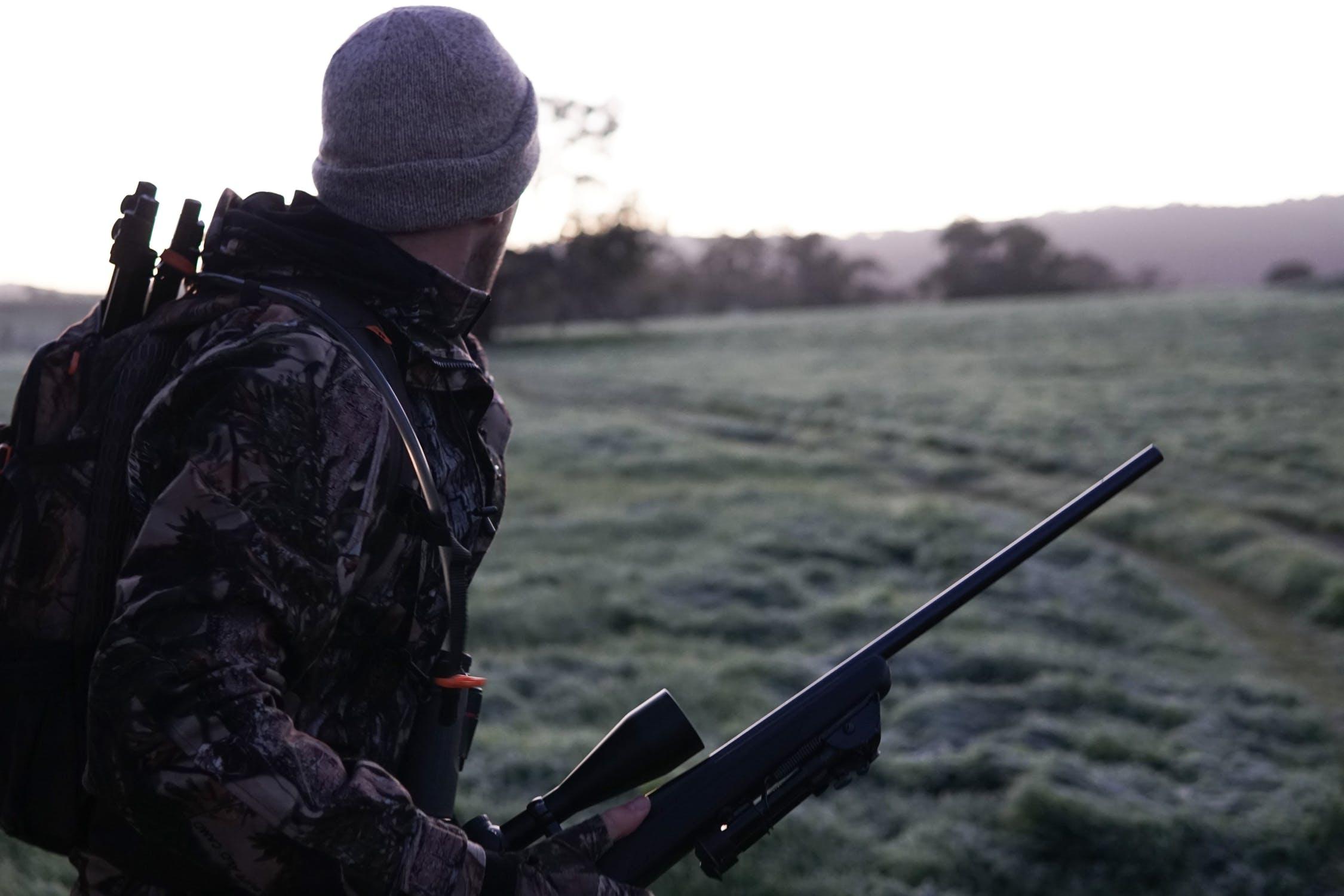 På jagt med gevær