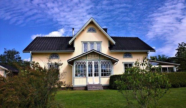 3 ting som du skal være opmærksom på, når du overvejer at købe et hus