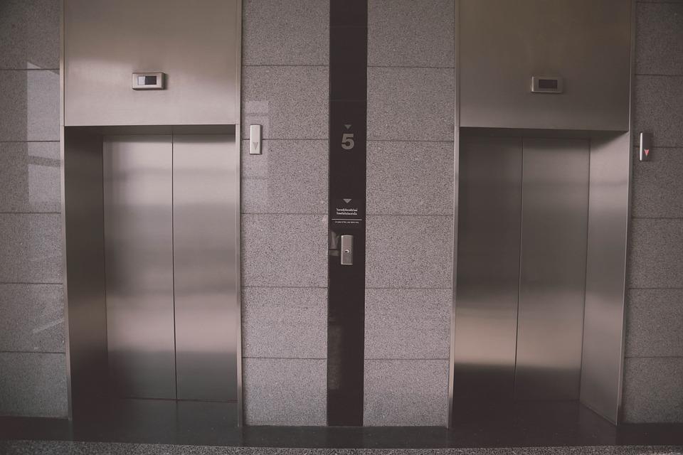 Hurtigt oppe med elevator