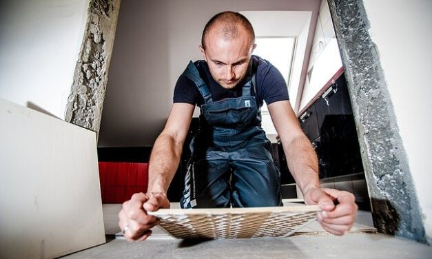 Sådan kan du selv opsætte fliser i hjemmet